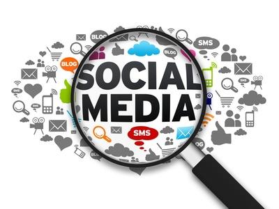 social-media-repondre-aux-commentaires-des-internautes