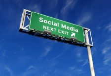 Social  media 12 conseils pour réussir